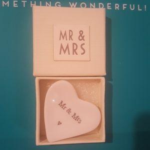 Ceramic Mr & Mrs trinket dish